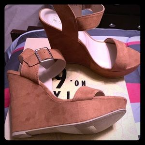 Mix No. 6 Cognac Wedge Sandal - size 8